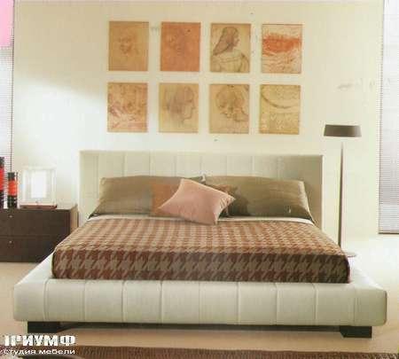 Итальянская мебель Besana - Кровать в коже Nicole