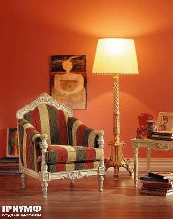 Итальянская мебель Silik - Кресло в ткани и дереве