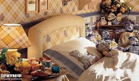 Итальянская мебель Halley - Copengagen мягкое изголовье кровати