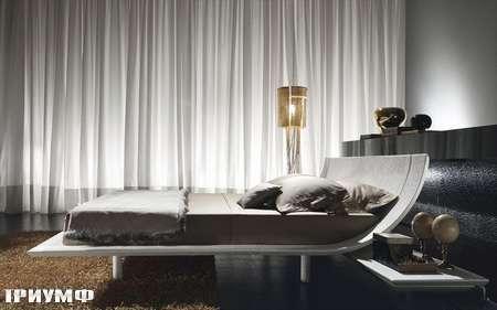 Итальянская мебель Presotto - кровать Aqua в белой коже с тиснением под крокодила