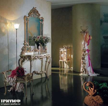 Итальянская мебель Silik - Зеркало в резной раме