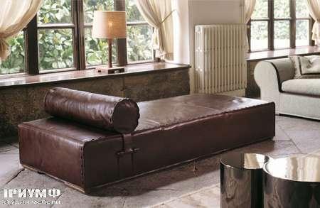 Итальянская мебель Love Luxe (Longhi) - Кушетка с валиком в коже Gold