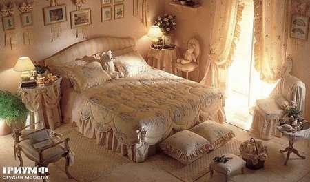 Итальянская мебель Halley - Кроватка с мягким гладким изголовьем