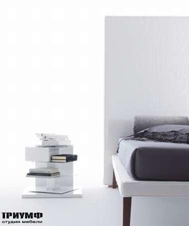 Итальянская мебель Orizzonti - кровать Ebridi отделка ткань высш. кат.