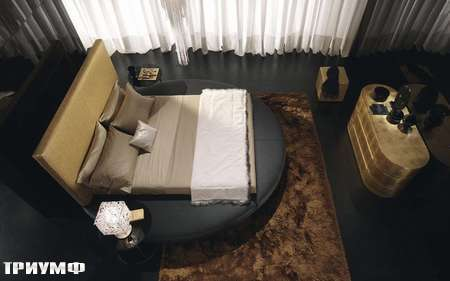 Итальянская мебель Presotto - кровать zero на круглом подиуме