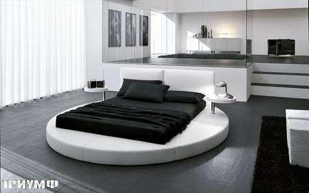 Итальянская мебель Presotto - круглая кровать Zero в коже