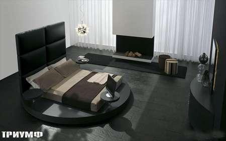 Итальянская мебель Presotto - круглая кровать Zero с высокой спинкой в коже