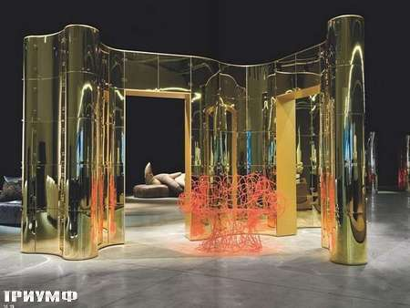 Итальянская мебель Edra - стенка в блестящем
