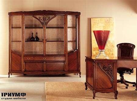 Итальянская мебель Medea - Витрина арт. 948, стол арт. 42, стул арт. 512
