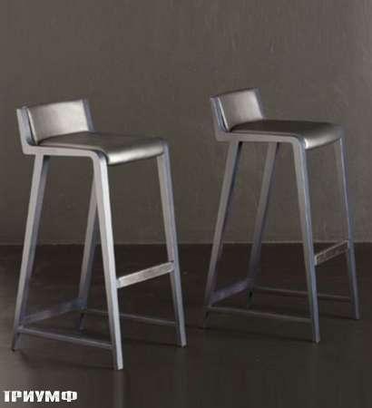 Итальянская мебель Potocco - барные стулья Linus