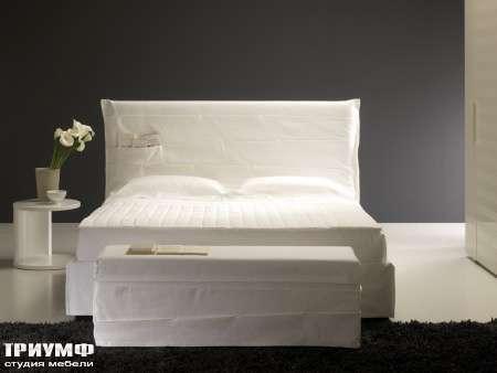 Итальянская мебель Orizzonti - кровать Tasca 1