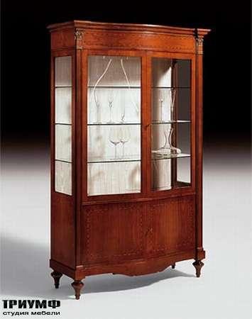 Итальянская мебель Medea - Витрина двух дверная с орнаментом интарсией, арт. 813