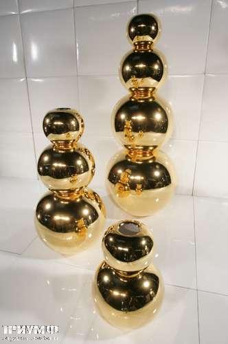 Итальянская мебель Cornelio Cappellini - Ваза в виде шароф, золото