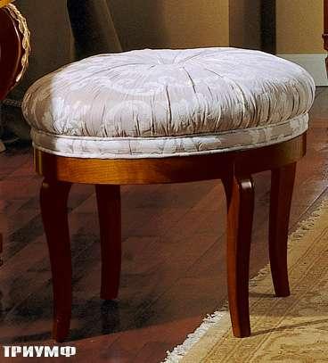 Итальянская мебель Colombo Mobili - Банкетка овальная арт.396 кол. Ponchielli вишня мягкая спинка