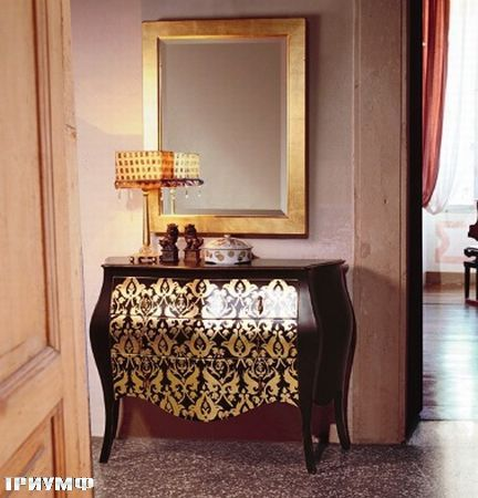 Итальянская мебель Tonin casa - комод с золотым орнаментом