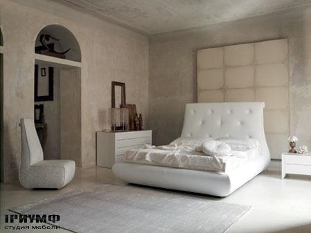 Итальянская мебель Noir Cattelan Italia - Кровать Renoir