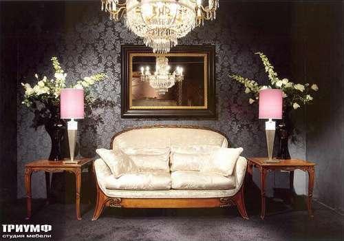 Итальянская мебель Medea - Диван классический двухместный из массива дерева