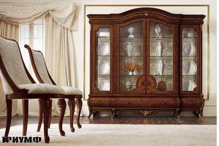 Итальянская мебель Grilli - Сервант арочный с кассетами, стулья с закругленными спинками