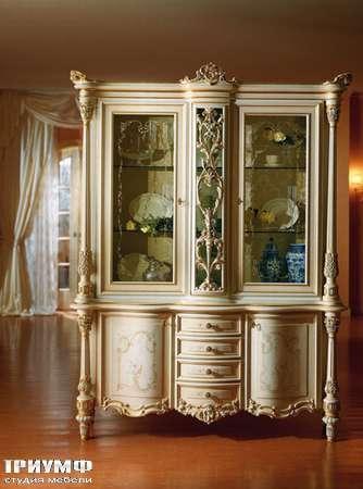 Итальянская мебель Silik - Витрина 3-х секционная Fidia