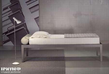 Итальянская мебель Orizzonti - кровать Moheli Sommier дерево