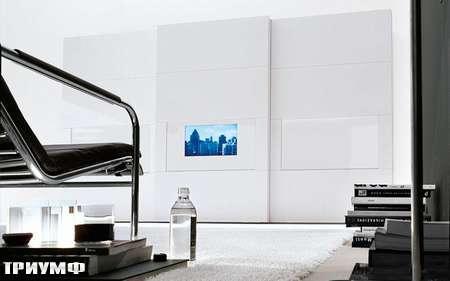 Итальянская мебель Presotto - шкаф Dama с раздвижными дверьми и встроенным ТВ