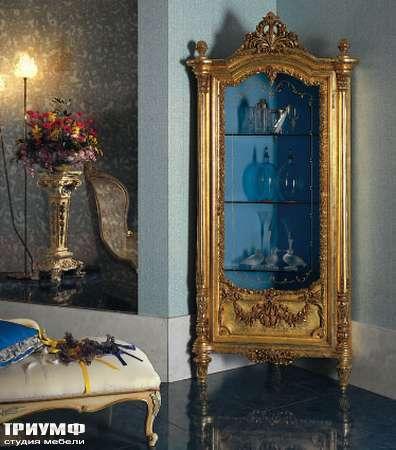 Итальянская мебель Silik - Угловая витрина