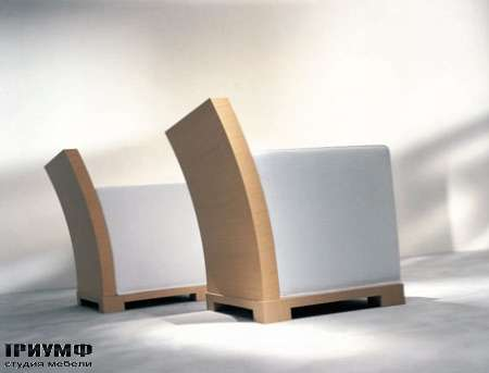 Итальянская мебель Orizzonti - кресло Andaman в отделке дуб