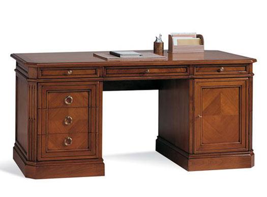 Итальянская мебель Selva - письменный стол Bernini
