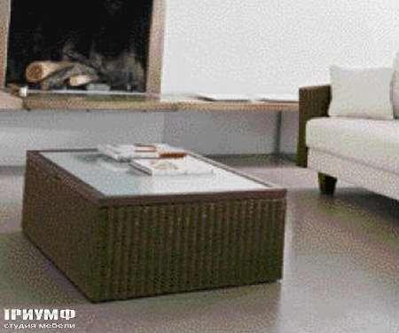 Итальянская мебель Varaschin - стол журнальный Big Family