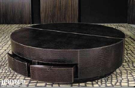 Итальянская мебель Formitalia - стол круглый в коже