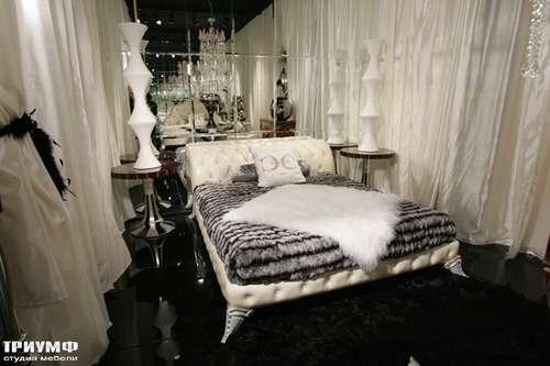 Итальянская мебель Cornelio Cappellini - Кровать стеганная