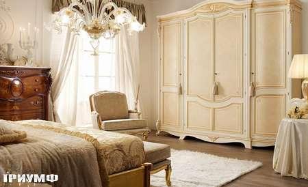 Итальянская мебель Grilli - Шкаф в отделке декапэ с радикой