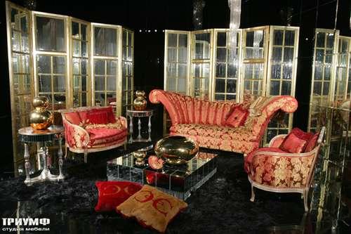 Итальянская мебель Cornelio Cappellini - Диван с высокой спинкой и зеркальные перегородки