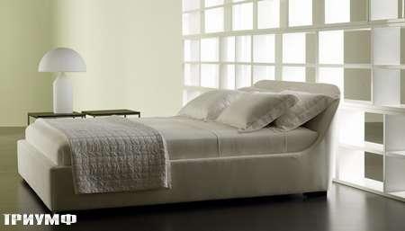 Итальянская мебель Meridiani - изящная кровать twiggy